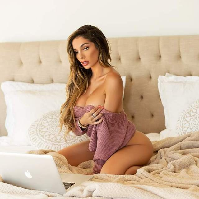 Lyna Perez nude picture (2)