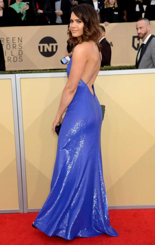 Mandy Moore ass pic