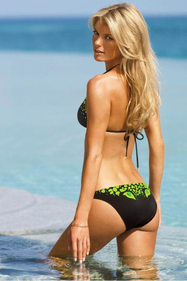 Marisa-Miller-Sexy-Booty
