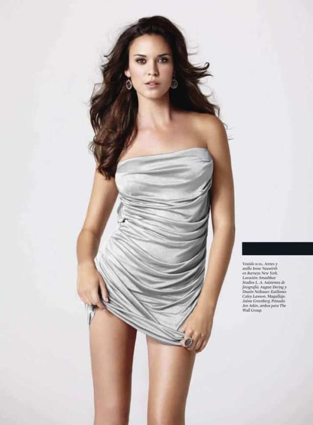 Odette Annable awesome pics (2)