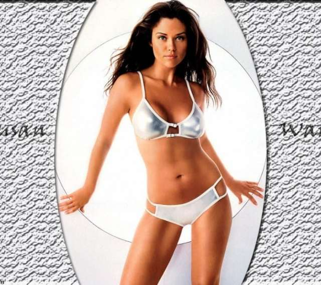Susan Ward sexy lingerie pic