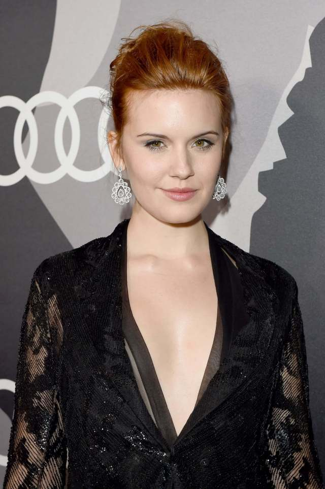 maggie-grace-hot-cleavage
