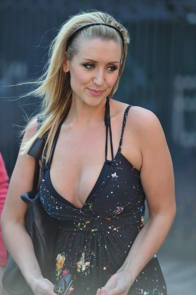 Catherine Tyldesley hot cleavage pic