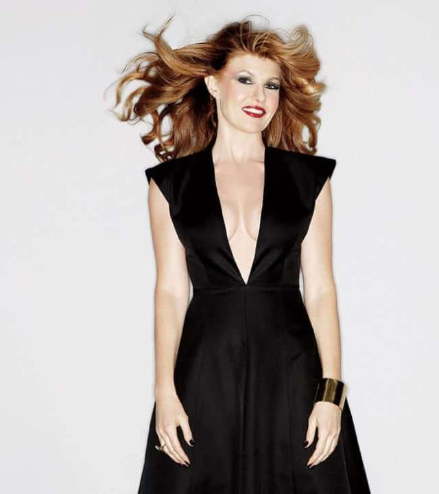 Connie Britton beautful