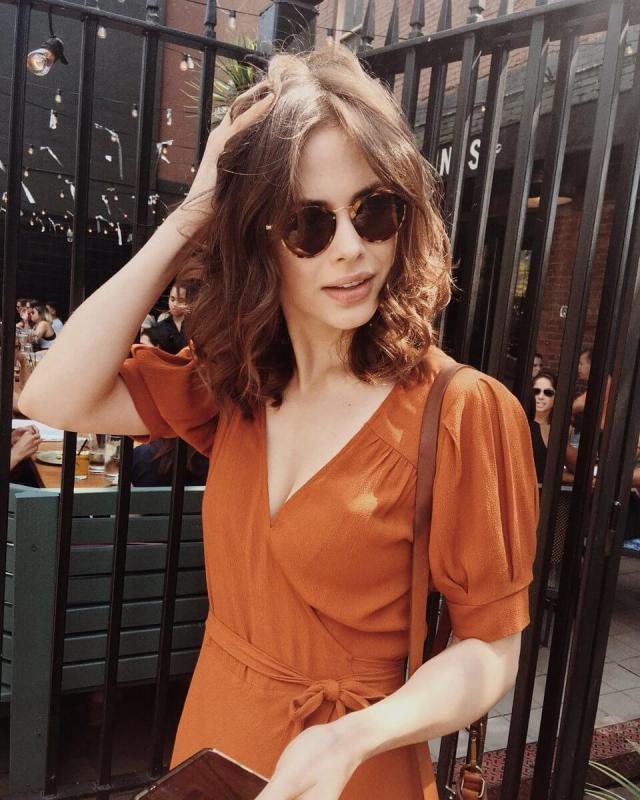 Conor-Leslie-hot-lady