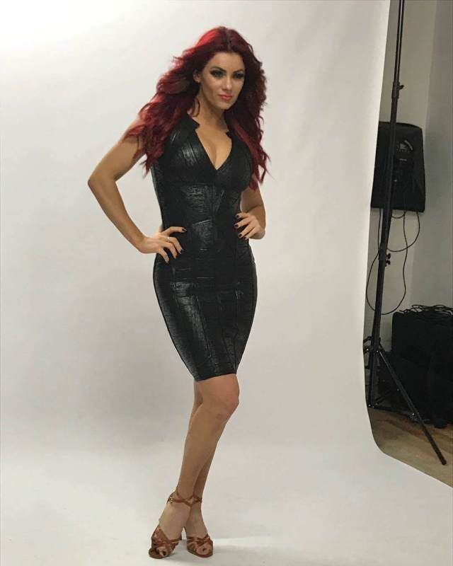 Dianne Buswell awesome