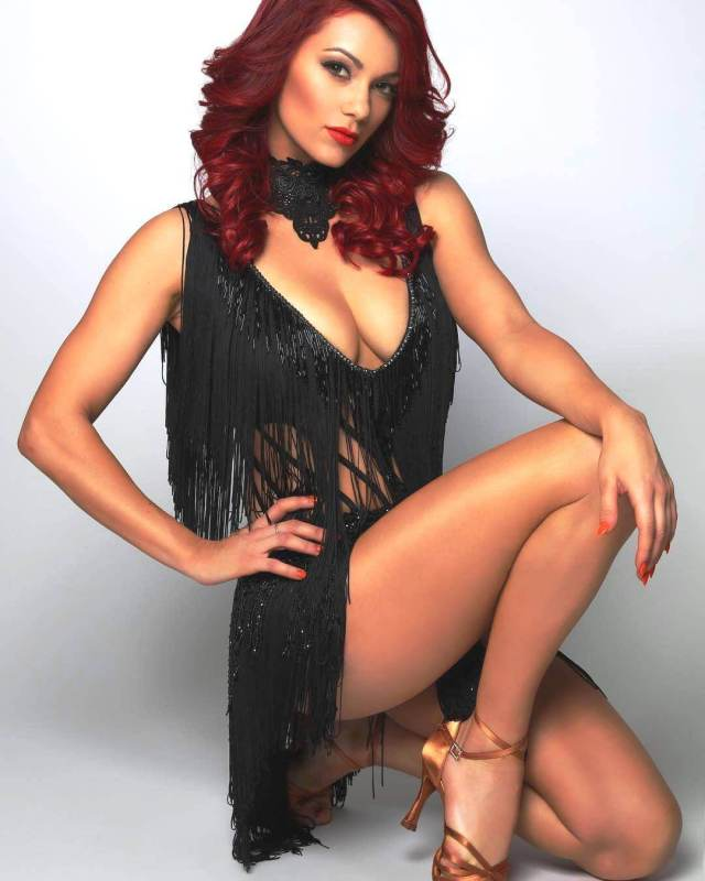 Dianne Buswell hot busty pic