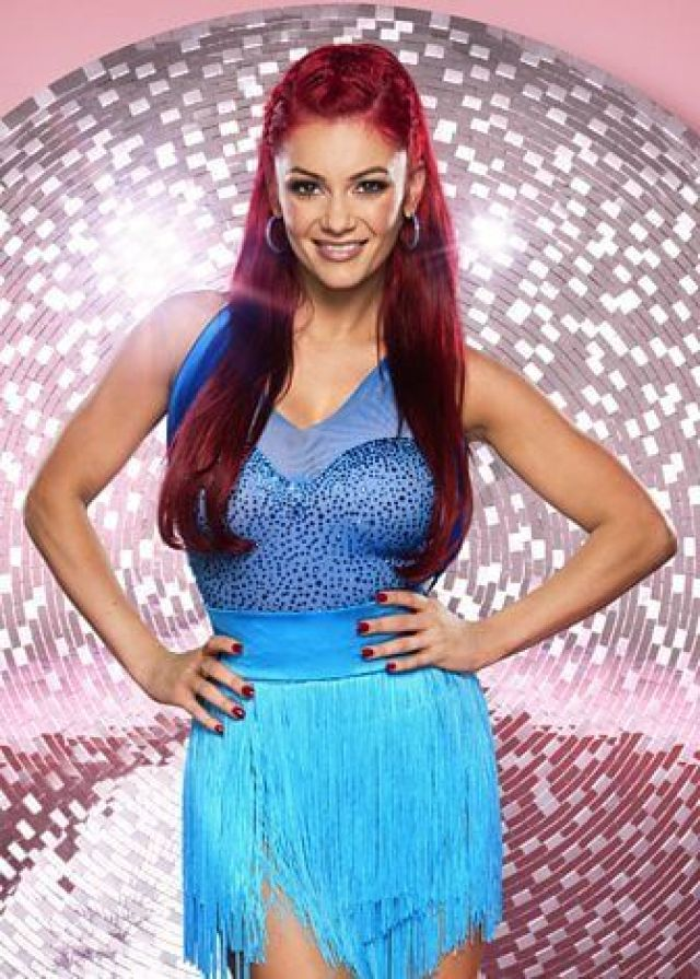 Dianne Buswell hot picture