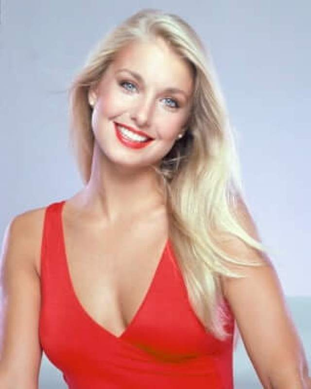 Heather Thomas side boobs (2)