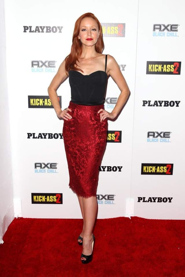 Lindy Booth big boobs cleavage