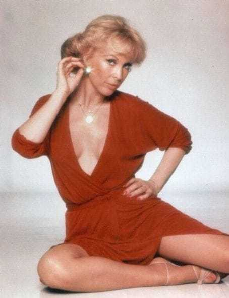 Barbara Eden hot pic (1)
