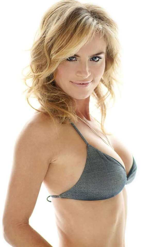 Betsy-Russell-sexy