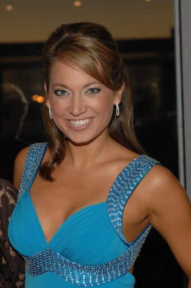 Ginger Zee cleavage