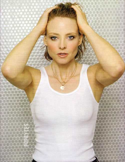 Jodie Foster sexy boobs pics