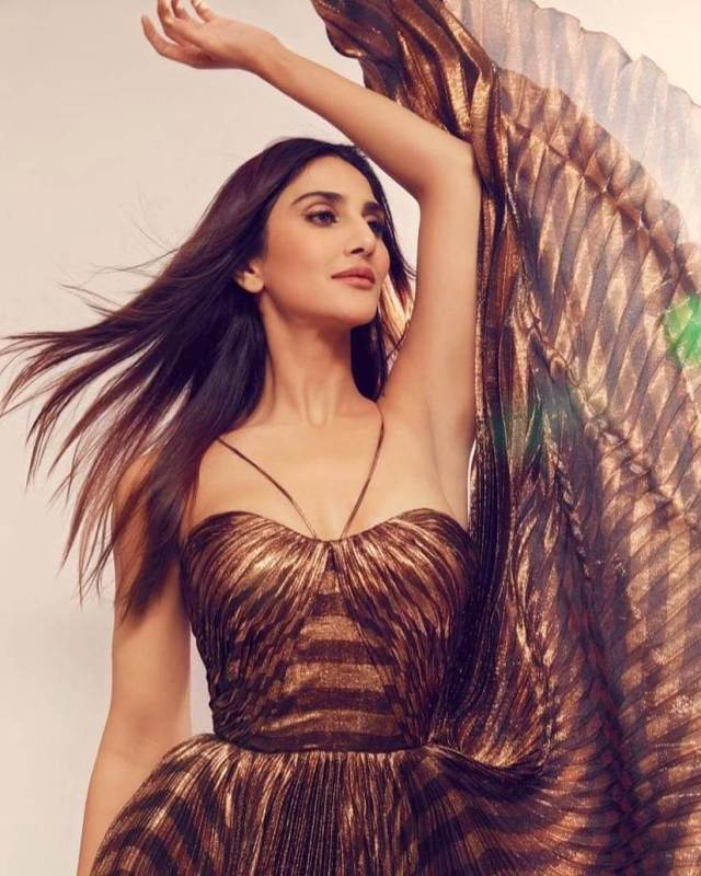 Vaani Kapoor awesome pic