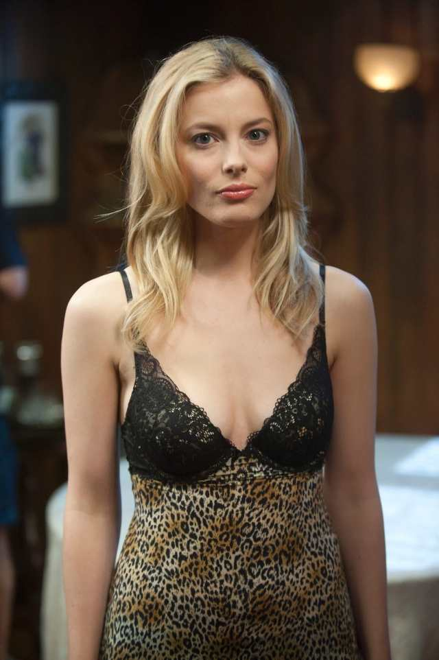 gillian jacobs cleavage