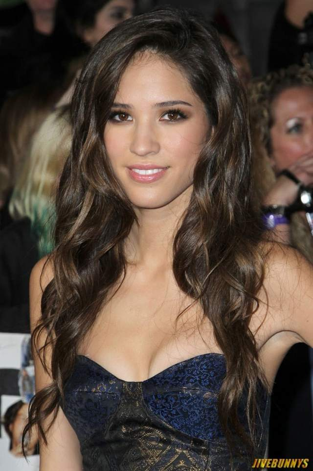 kelsey chow big boobs