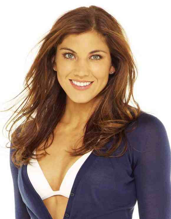 Hope Solo sexy oobs