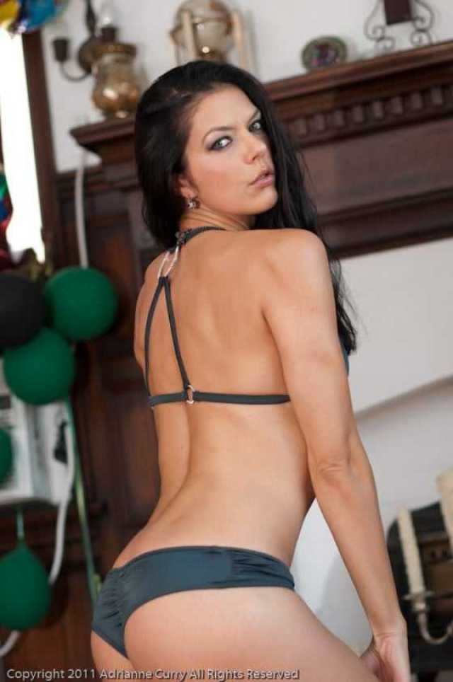 Adrianne Curry hot ass pics