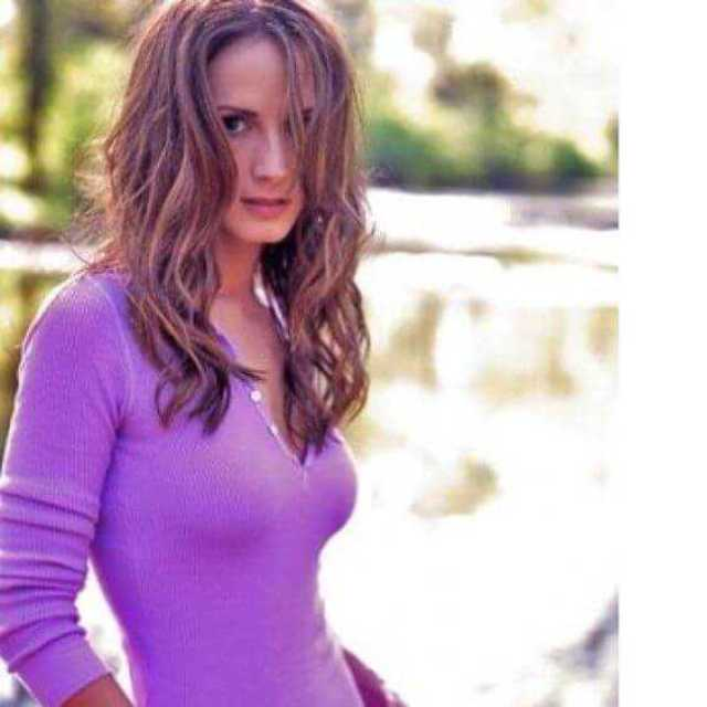 Chely Wright nipples