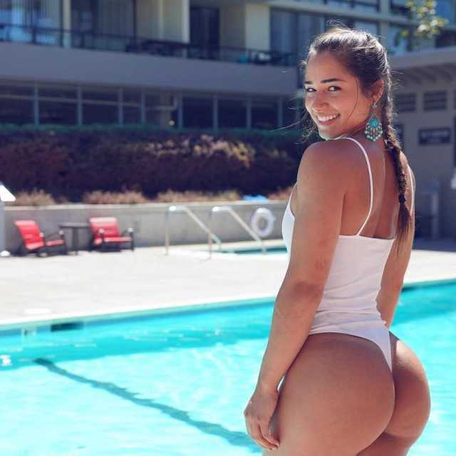 Bru Luccas booty pictures