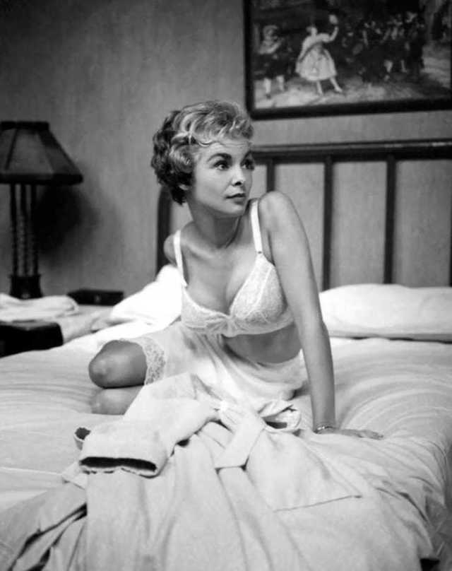 Janet Leigh sex scenes