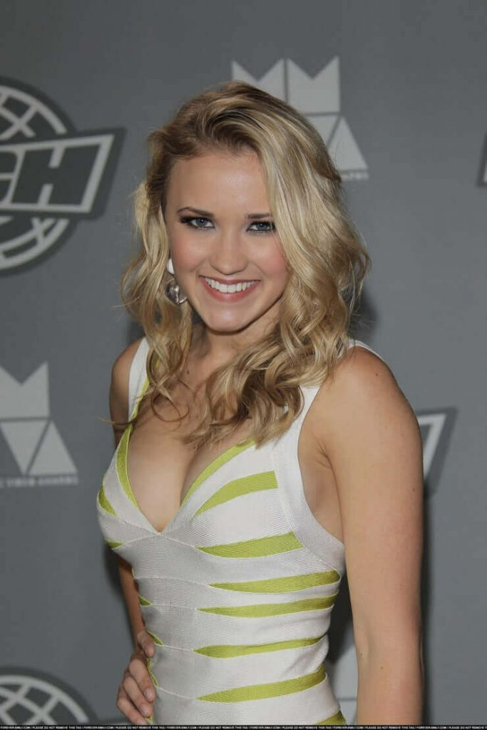 51 Emily Osment Nude Pictures Make Her A Successful Lady - Best Hottie