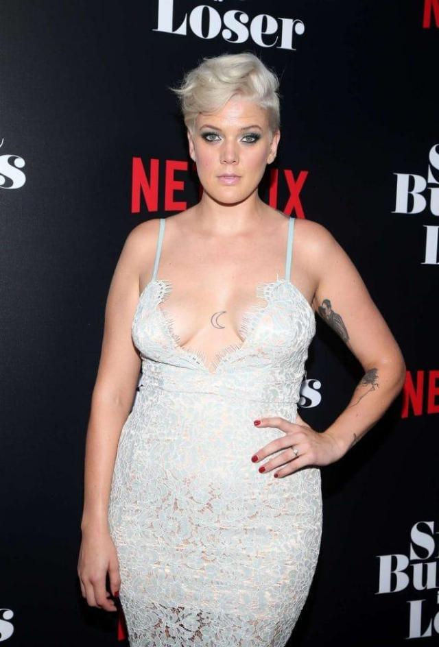 betty who big boobs pictures