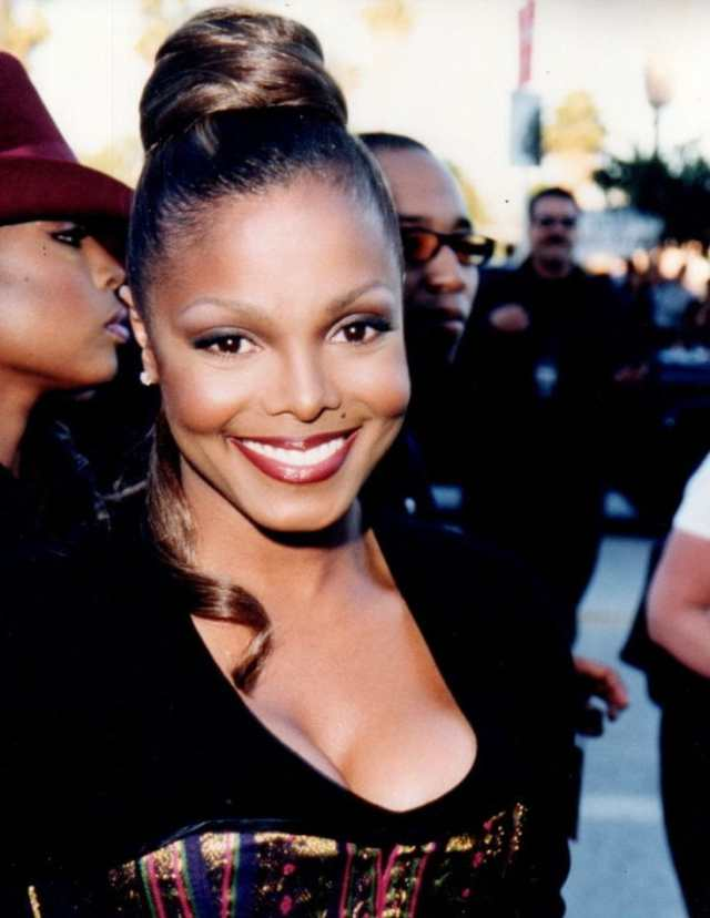 janet jackson big boobs pictures