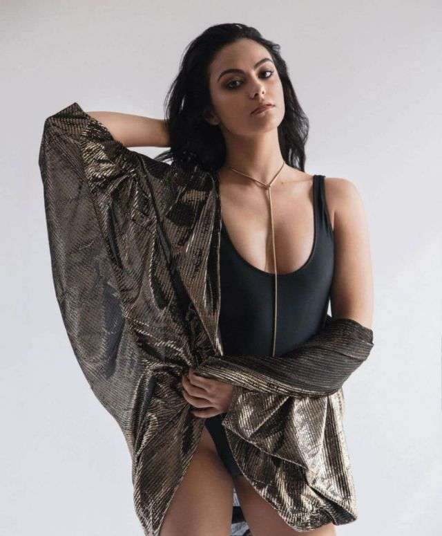 Camila Mendes pussy