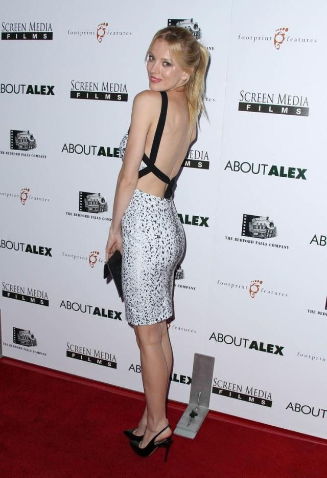 Bar Paly sexy booty pics