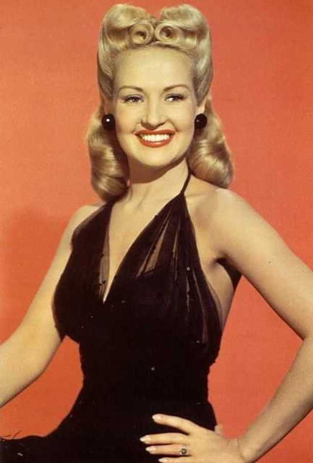 Betty Grable tits pictures