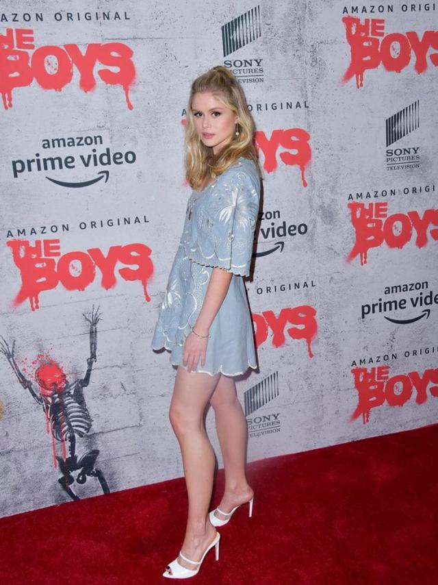 Erin Moriarty booty pics