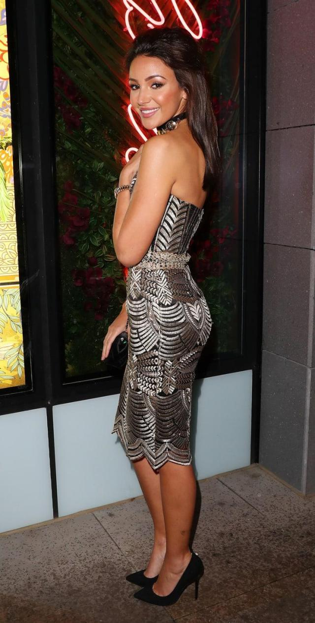 Michelle Keegan sexy side ass pictures