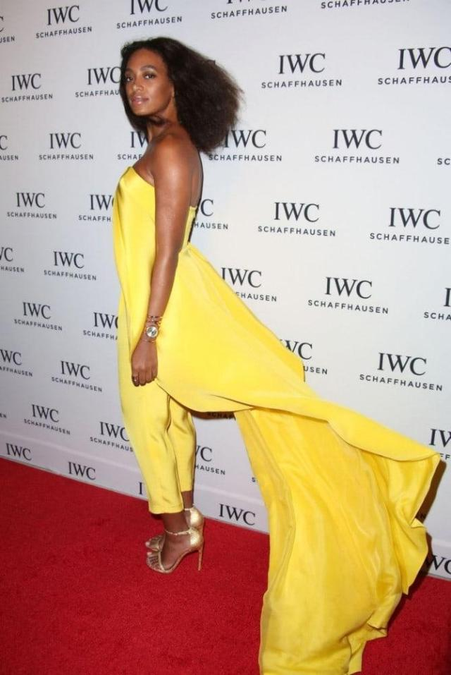 Solange Knowles sexy butt look pic