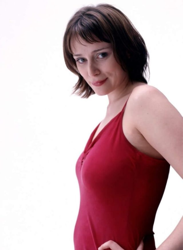 Keeley Hawes side boobs pics