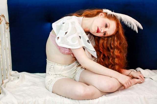 Madelaine Petsch pussy