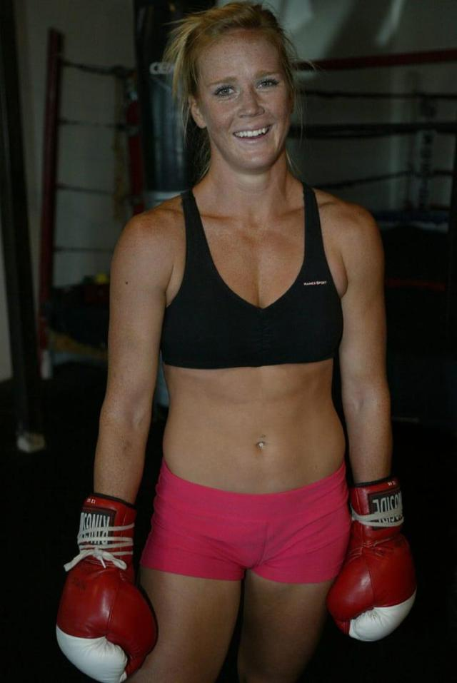 Holly Holm hot photo