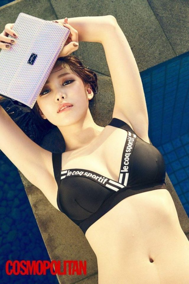 Jun Hyoseong sexy looks