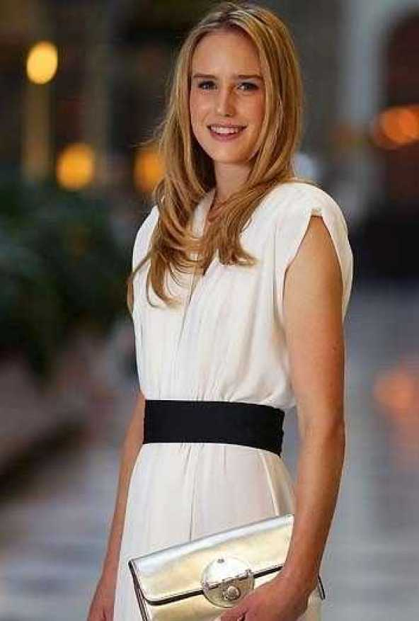 Ellyse Perry sexy looks