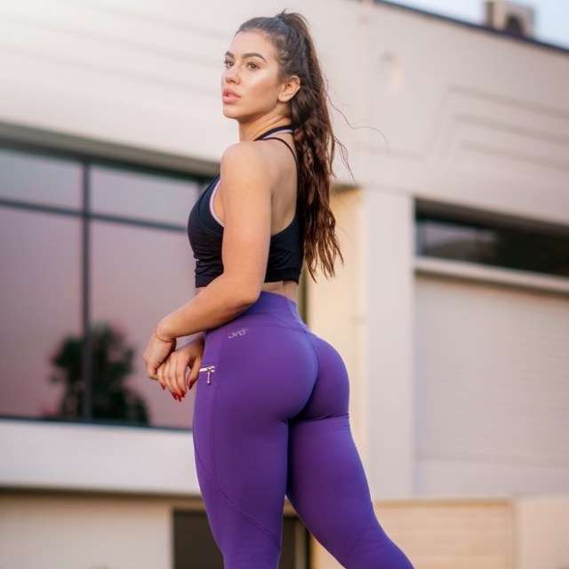 Chrystiane Lopes sexy pic