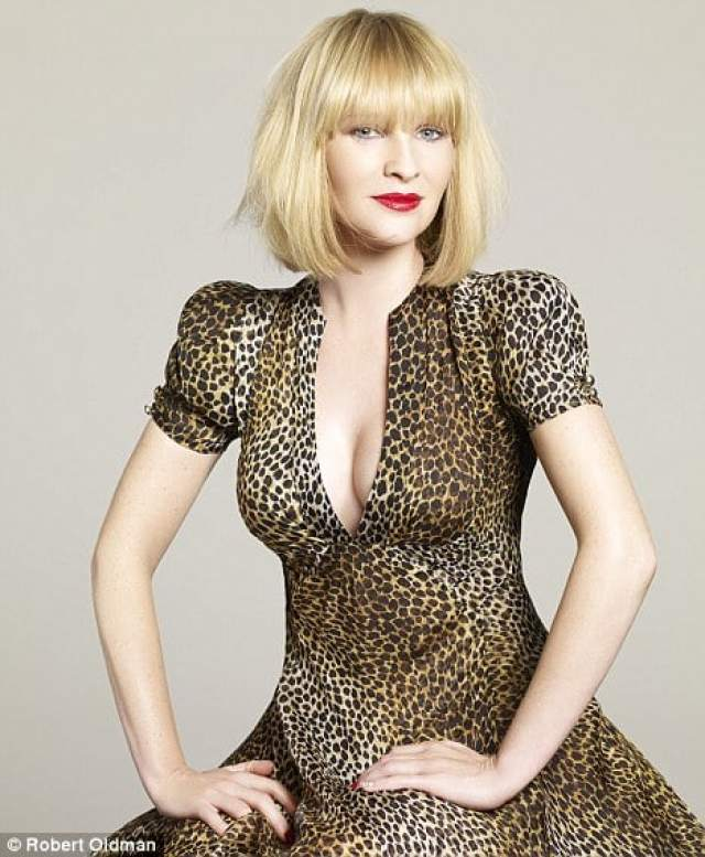 Joanna Page hot looks pictures