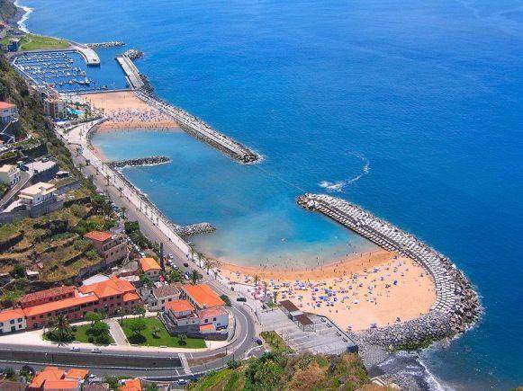 12 - Calheta Beach