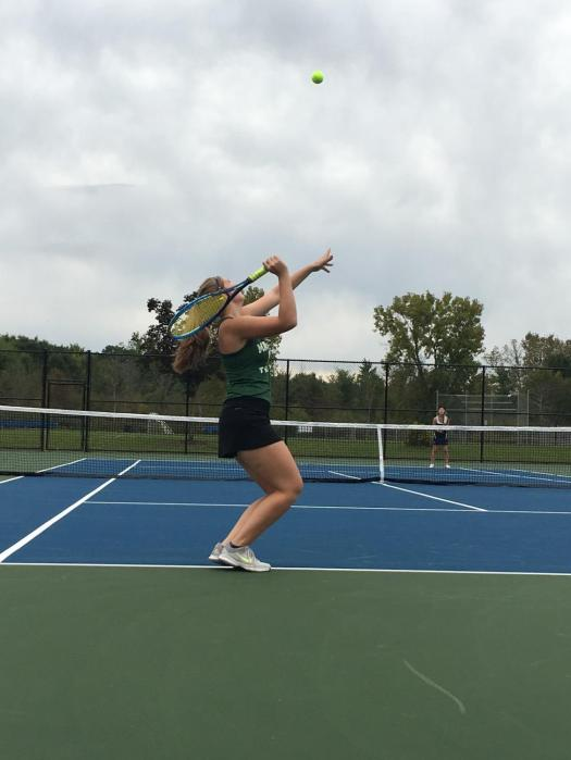 Tennis players bothered by off-campus courts - Best of SNO