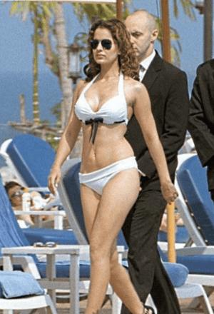 bollywood actress in bikini