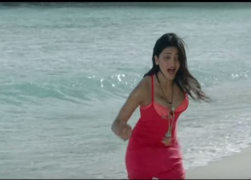 Shruti haasan in Rehnuma Song