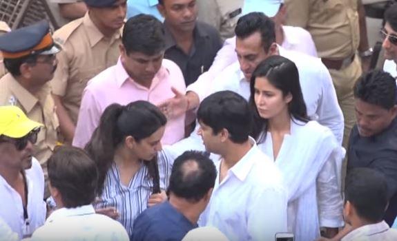 Celebrites who Attended Sridevi's Funeral