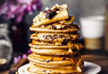Grain-free Fluffy Vegan Pancakes