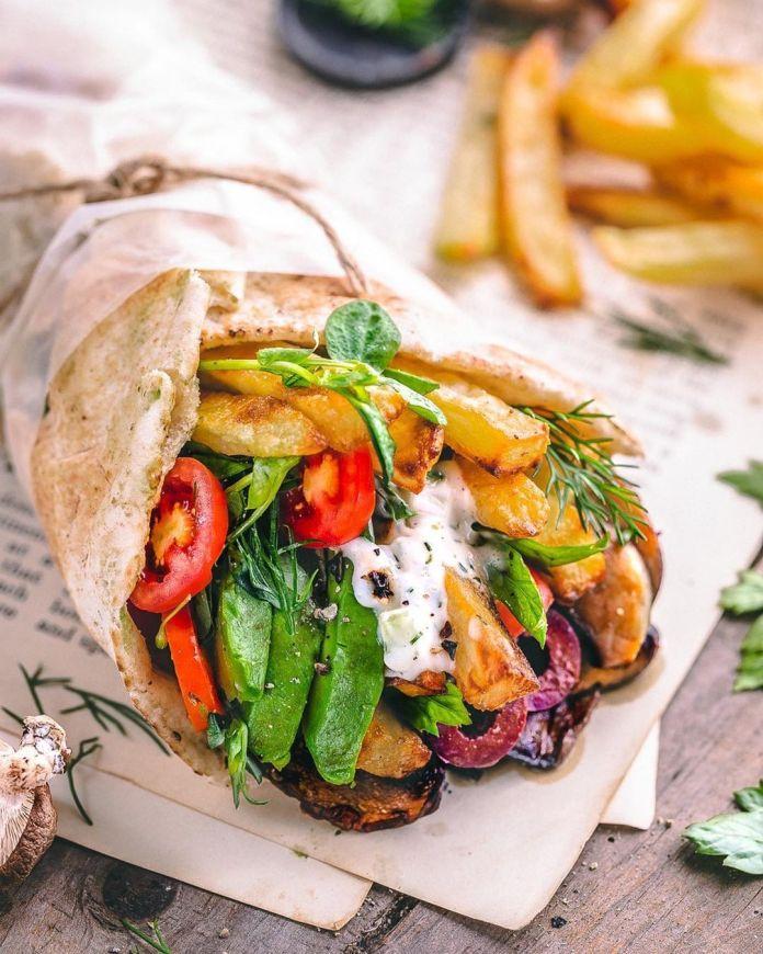 Veggie Wrap with Vegan Tzatziki Sauce