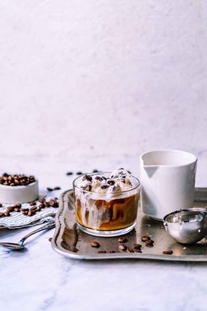 23 Hot & Iced Vegan Coffee Recipes to Get You Through the Day
